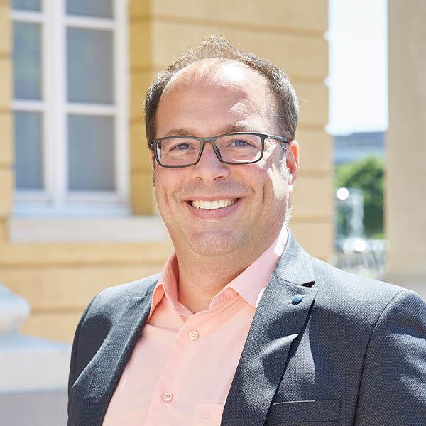 Anwalt - Miguel Ribas